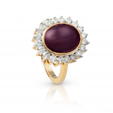 Ring 18kt Yellow gold set with a star ruby and brilliants