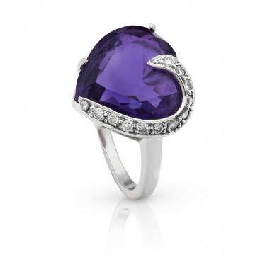 Ring 18kt White gold set with an amethyst and brilliants