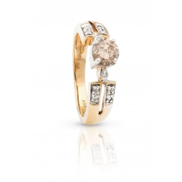 Ring 18kt Yellow gold set with brilliants and one central coloured brilliant