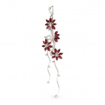 Pendant 18kt White gold set with garnets and brilliants