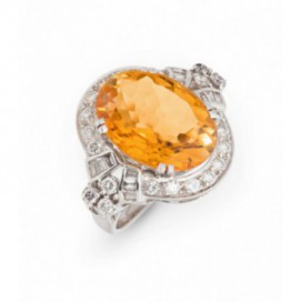 Ring 14kt Yellow gold set with brilliants and golden citrine