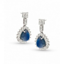 Ear hangers 18kt White gold set with brilliants and cabochon blue sapphires