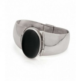 Silver bracelet set with onyx