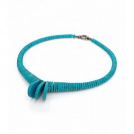 Turquoise necklace with silver lock