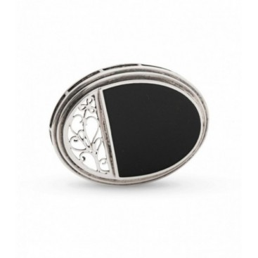 Silver brooch set with onyx