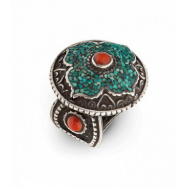 Antique silver ring set with turquoise and coral