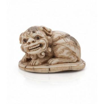 Lion netsuke