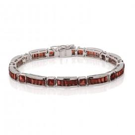 Silver bracelet set with garnets