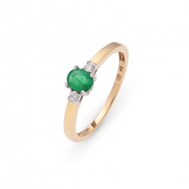 Ring 14kt Yellow gold set with brilliants and an emerald